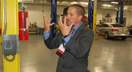Manheim Riverside GM Chris Brown gives an overview of the new facility.